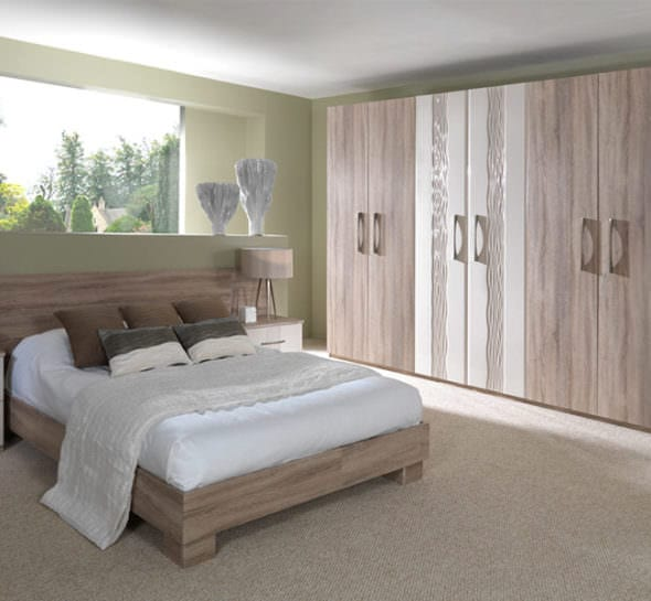 Oak fitted bedroom